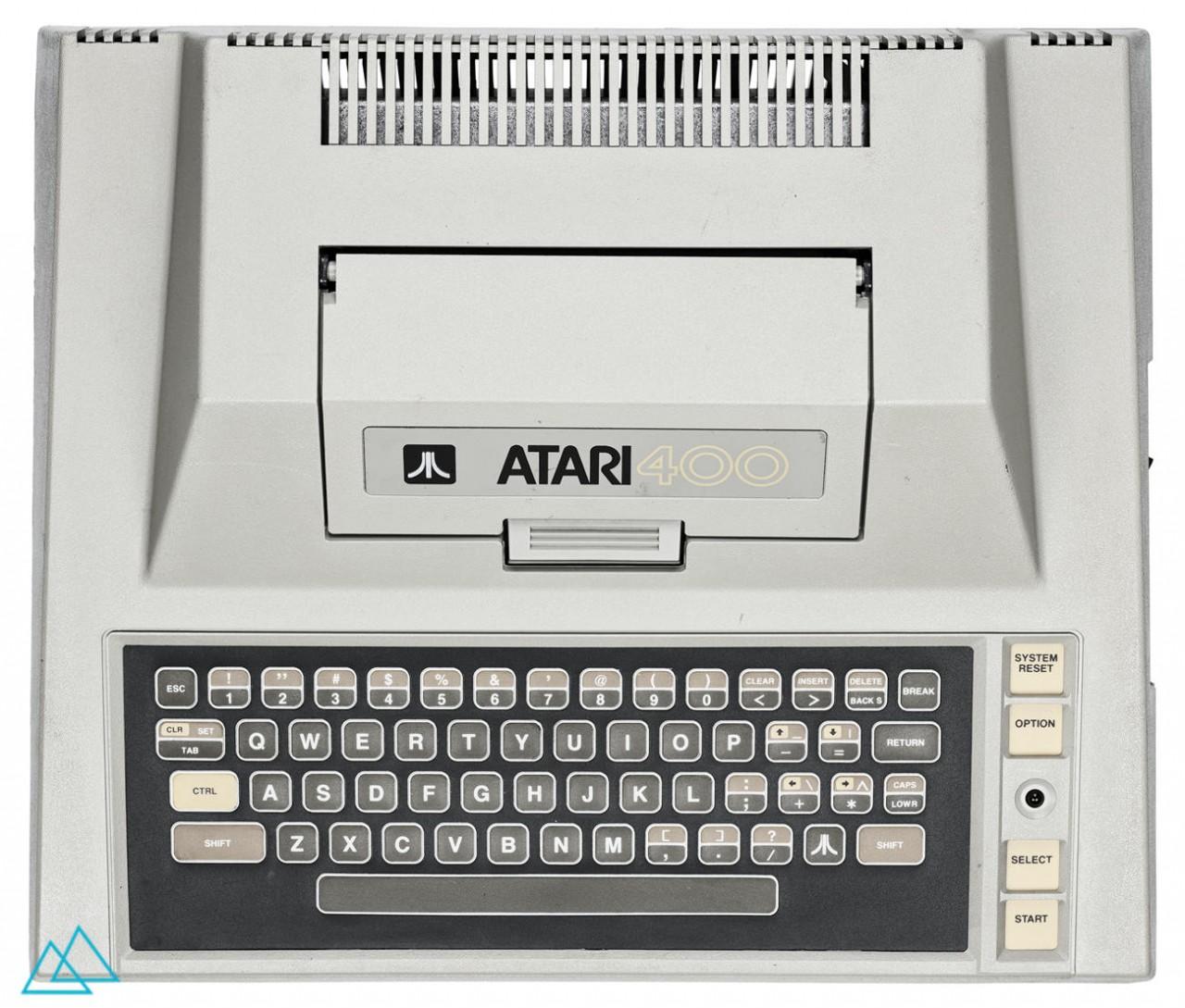 # 032 Atari 400